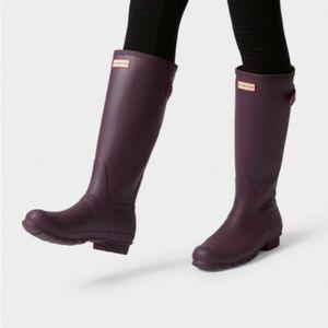 Hunter Original Tall Rain Boots in Matte Purple
